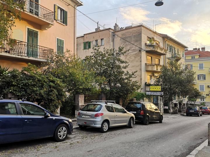 Splitin kapeat ja eurooppalaiset kadut.