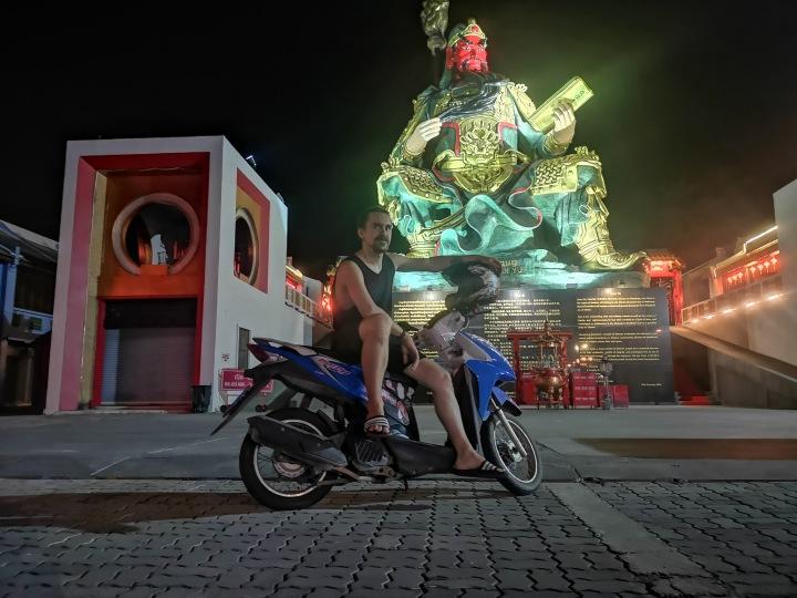 Muisto Thaimaasta: Skootterivalinnat romuistaYashaan